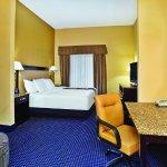 Photo of La Quinta Inn & Suites Mt. Laurel - Philadelphia