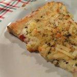 pizza de quatro queijos com grana padano