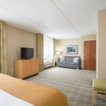 Photo of Holiday Inn Express Hotel & Suites Wheat Ridge-Denver West