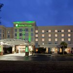 Holiday Inn Brunswick, GA Hotel Exterior