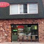 Photo de Tatas Chicago Pizzeria