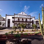 April 2016 amazing first trip to Seaside Los James Playa.  The staff was so friendly.  There wer