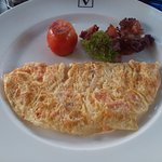 Omelette with Bacon and Tomato