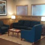 Comfort Inn & Suites Resmi
