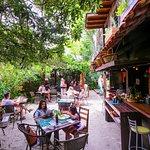 Jardim e bar Amado