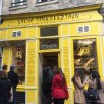 Photo de Sacha Finkelsztajn - La Boutique Jaune