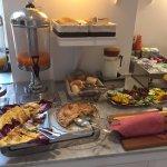 More breakfast buffet goodness!