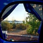 Vue sur le lac au petit matin