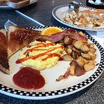 Photo de Misty Moonlight Diner