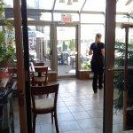Outdoor terrarace, solarium and full dining rrom