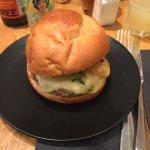 Edmond Burger à base de fromage à raclette