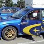 C'est possible conduire une voiture (Subaru STI Rallye) pour entre 5 et 20 tours du circuit nove