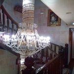 Lámpara de la entrada y el primer piso.