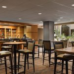 Photo de Embassy Suites by Hilton Oklahoma City Will Rogers Airport