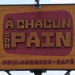 صورة فوتوغرافية لـ A Chacun Son Pain