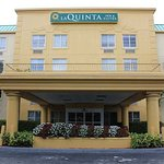 Photo of La Quinta Inn & Suites Miami Cutler Bay