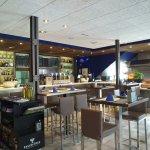 Vista panorámica de la barra de nuestro restaurante