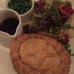 The Globe - steak and onion pie