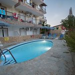 Photo of Altura Hotel