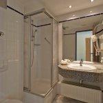Duschbad im H+ Hotel & SPA Friedrichroda