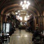 Vieux Café et restaurant en ville, conseillé par le réceptionniste