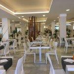 Colazione, ristorante e spiaggia
