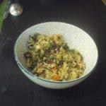 Arroz frito con algas