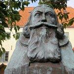 Busten af Anders Arrebo ved Ærøskøbing Kirke
