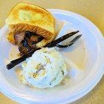 sliced beef brisket sandwich/mashed potatoes