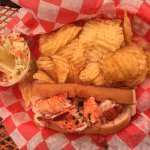 lobster roll - chips - cole slaw