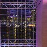 Blick aus dem gläsernen Aufzug