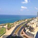 Photo de Ramada Hotel and Suites Netanya