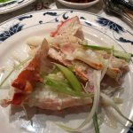 Steamed king crab with garlic