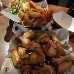 Фотография Buffalo Wild Wings Grill and Bar