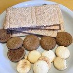 opciones sin gluten, también ofrecían mermelada, queso y manteca sin tacc