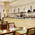 Al Deera Restaurant Buffet