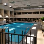 Old school motor lodge-style indoor pool as one wing of this GIANT hotel:)