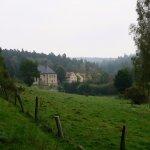 Blick auf die Klein-Heiligkreuz Kapelle und Jagdhof