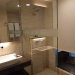 Photo de Aston Makassar Hotel & Convention Center