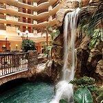 Foto di Embassy Suites by Hilton Anaheim - South