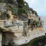 """Grottes de Regulus """" Véritables HabitatsTroglodytes """""""
