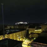 Vista nocturna del Partenon