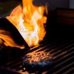 140g de carne Angus grelhada no broiler