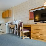 Plains Motel Picture