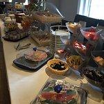 Breakfast & restaurant area