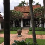 Beautiful, secluded courtyard boutique hotel in Chiang Mai. The deluxe bedrooms are a luxurious