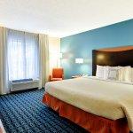 Photo de Fairfield Inn & Suites Dallas Medical / Market Center