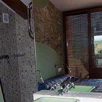 Hotel Priorat Cal Llop . Baño habitación 10