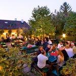 Lauschiger Gastgarten