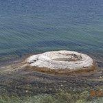 Photo de West Thumb Geyser Basin